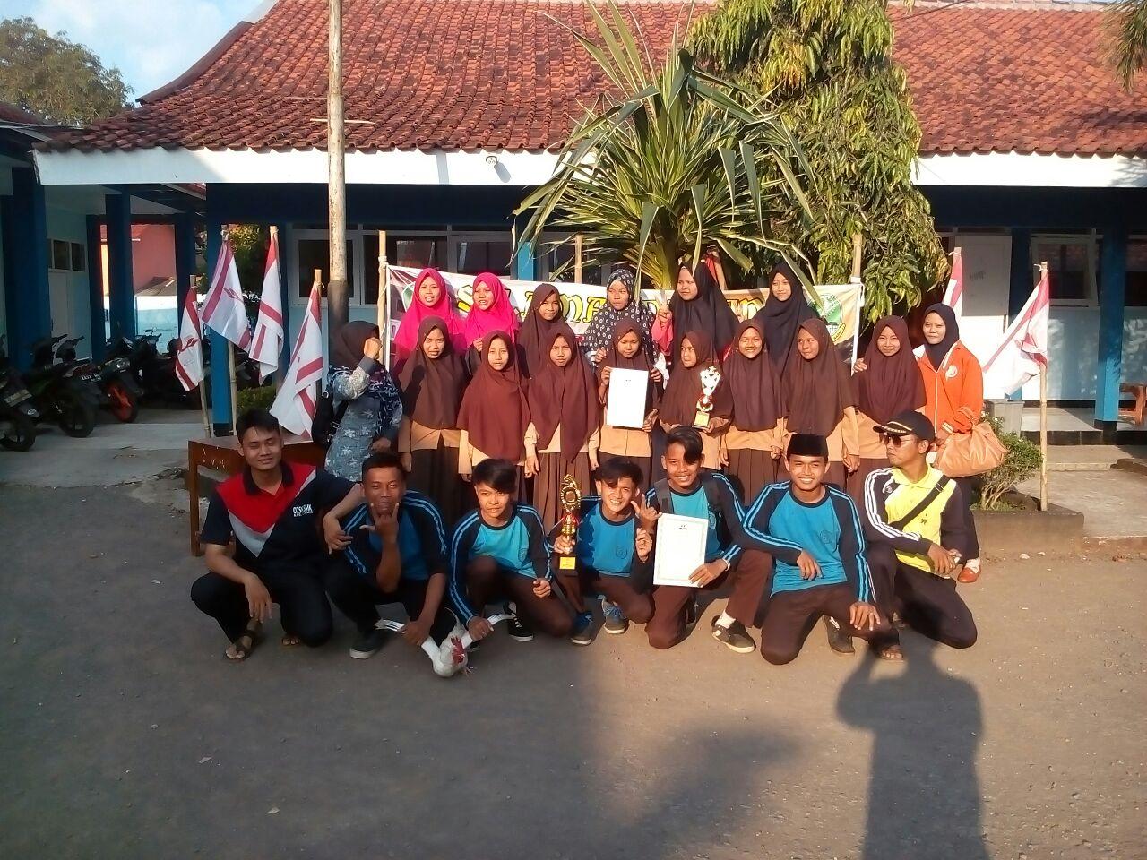 Juara 1 Hiking Rally Putra dan Putri Tingkat Kota Banjar dan Jawa Tengah